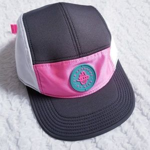 AIR HUARACHE by Nike 5 Panel Hat Pink / Gray